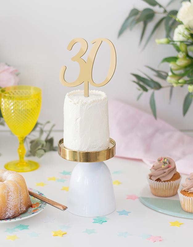 Número cake topper para tartas de cumpleaños knots made with love