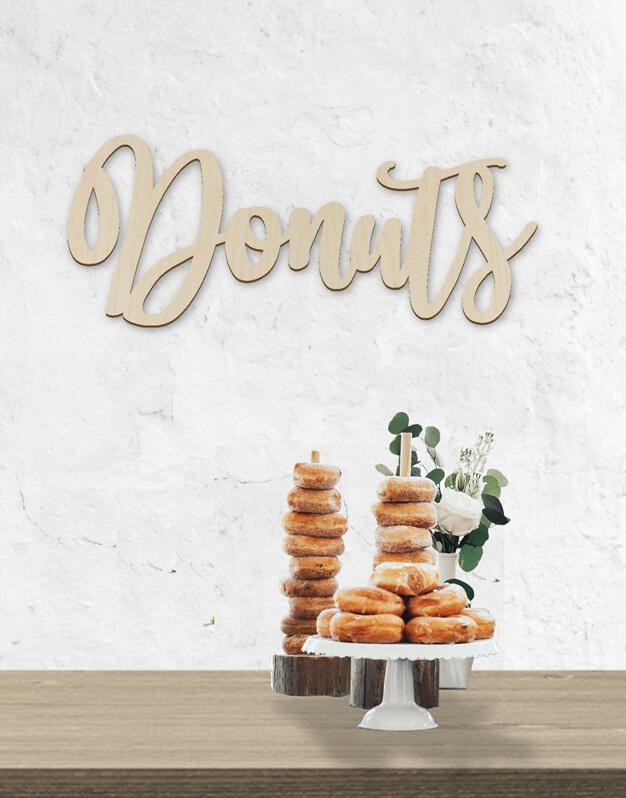 Cartel Donuts perfecto para la barra libre de estas deliciosas rosquillas en bodas y eventos. ¿A quién no le gusta un donut? diseño exclusivo knots made with love