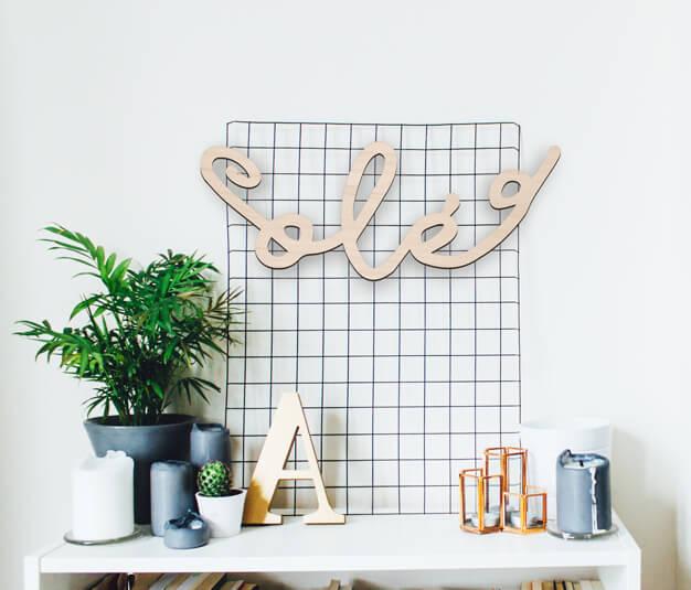 Cartel Olé para decoración de una pared, disponible en cuatro tamaños perfecto para regalar. Descúbrelo ahora en nuestra tienda online y regala Knots made with love.