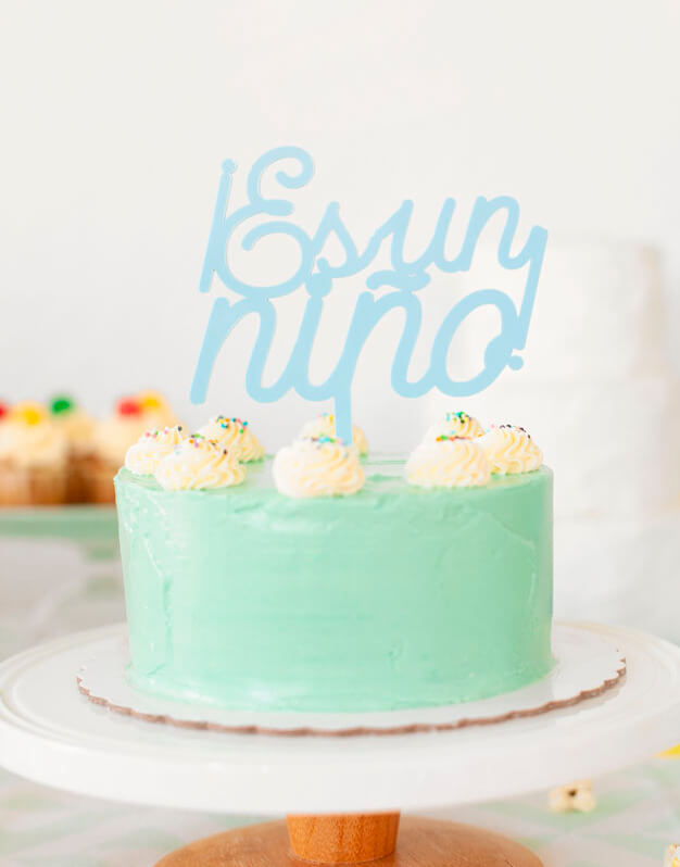 Es un niño cake topper adorno para tarta baby shower knots made with love perfecto para fiestas de revelación del sexo y baby shower. ¡Descúbrelo!