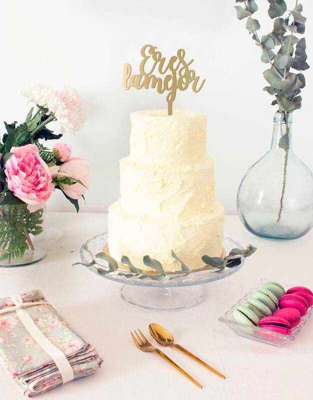Eres la mejor cake topper adornos para tarta, descubre en nuestra web los adornos más originales para decorar tu tarta de cumpleaños o la de tus familiares.