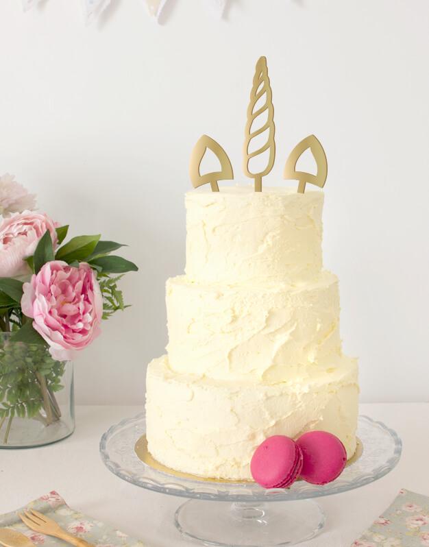 Unicornio cuerno y orejas cake topper para cumpleaños temático de cisnes o animales. Descubre este adorno para pastel único en nuestra tienda online.