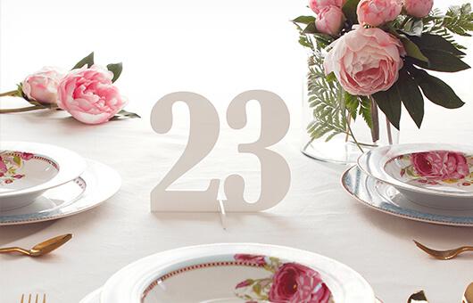 Productos para decorar una boda al detalle meseros, marcasitios, agitadores y nuestros cake toppers para tartas los detalles favoritos de las celebrities.