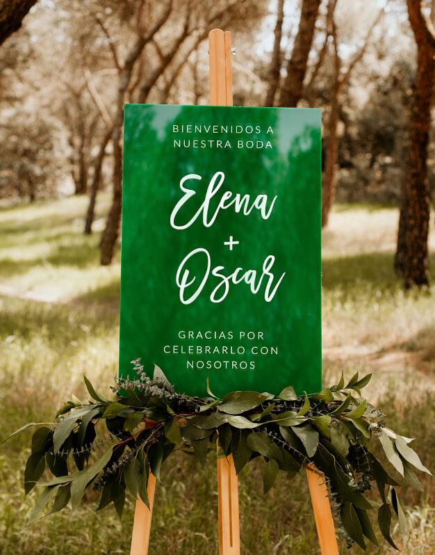 Cartel rectangular personalizado para boda con nombres y mensajes. Descubre este original colección de carteles de diseño exclusivo knots made with love.