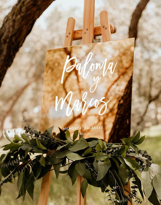 Elegante cartel cuadrado personalizado para boda con nombres, con o sin fecha y lugar de celebración. ¿Cuál es tu combinación favorita?