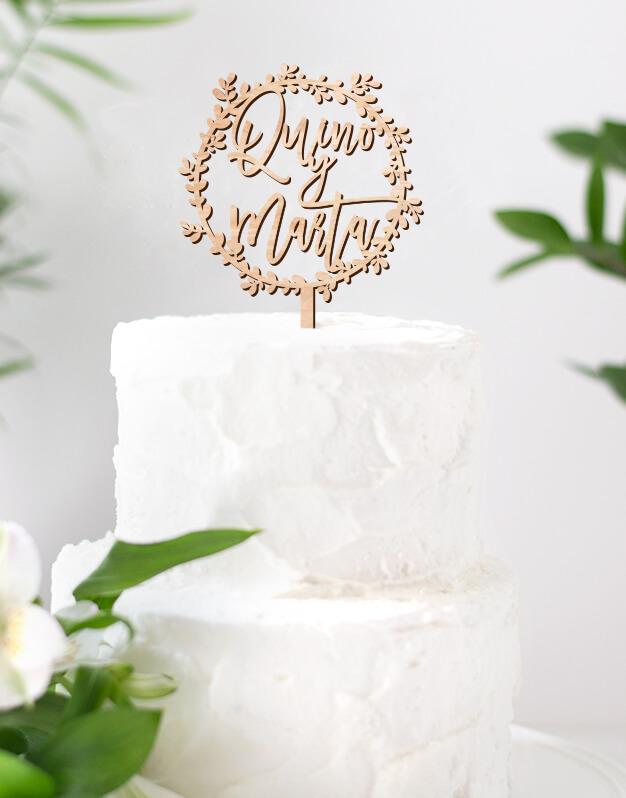 ADORNOS TARTAS CAKE TOPPERS BODA CORONA DE RAMITAS PERSONALIZADO Adornos tarta pesonalizados cake topper para bodas y eventos.