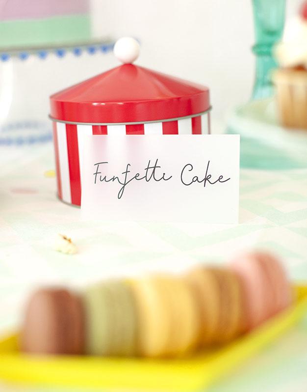 Mini letreros para mesa dulce descubre las combinaciones disponibles para personalizar tu evento con estos originales carteles de knots made with love.