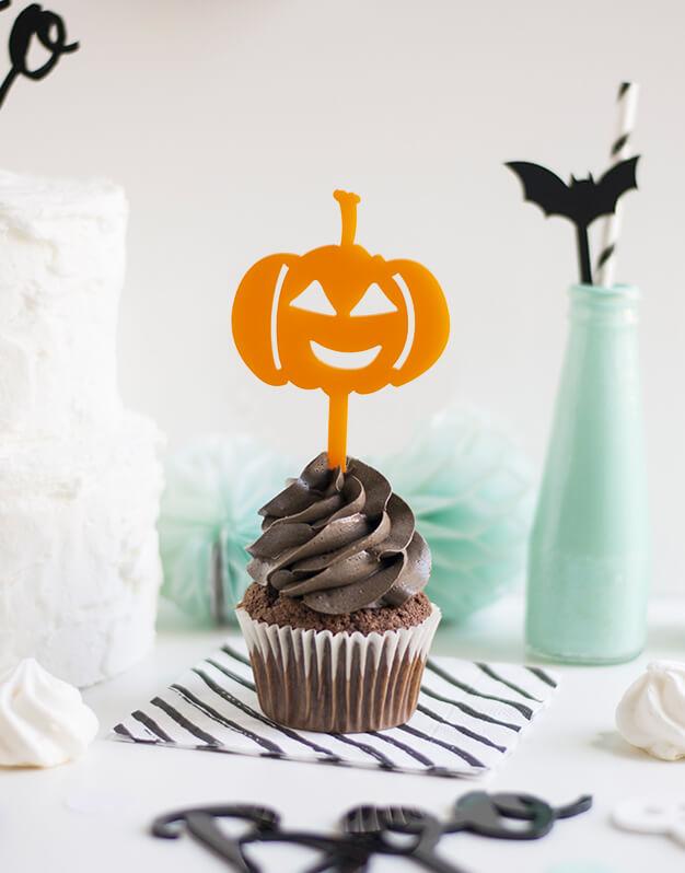 Mini Topper Calabaza para personalizar tus cupcakes en la fiesta de Halloween. No te pierdas la colección de Scaryknots que tenemos en la shop