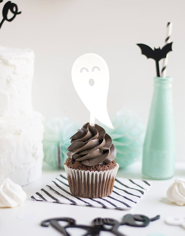 Mini Topper Fantasma para personalizar tus cupcakes en la fiesta de Halloween. No te pierdas la colección de Scaryknots que tenemos en la shop