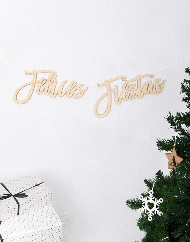 Cartel Guirnalda Felices Fiestas para decorar el rincón dónde los Reyes Magos dejarán sus regalos, o sobre el Belén. Descubre toda la decoración naviknots