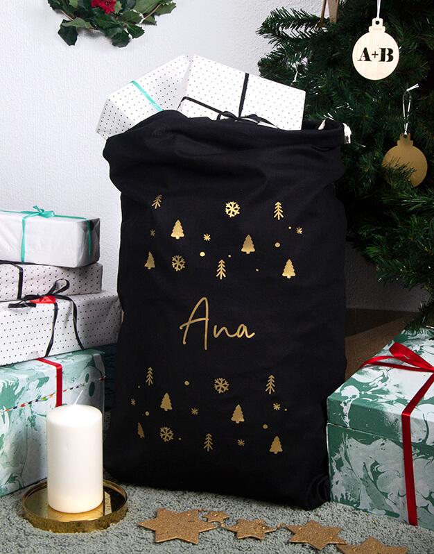 Saco Navidad nordic personalizado con el nombre. Este elegate diseño sirve tanto para regalos de Papá Noel como Reyes Magos exclusivo knots made with love