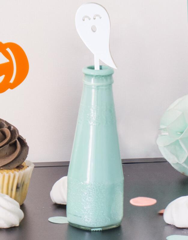 Set 5 Agitadores Fantasma para personalizar tus cócteles en fiesta de Halloween. No te pierdas la colección de Scaryknots que tenemos en la shop