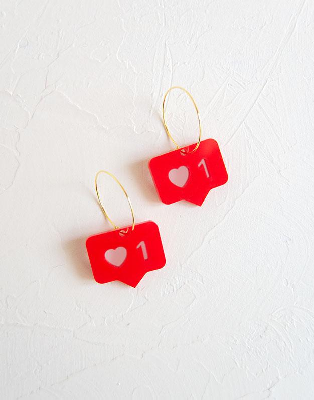 Like aro para tus outfits más instagramers. Descubre la selección pendientes Knots made with love en nuestra tienda online.