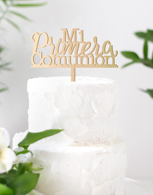 Mi Primera Comunión cake topper adorno personalizado para tartas de comunión, descubre el nuevo diseño en formato corona para esta bonita celebración.