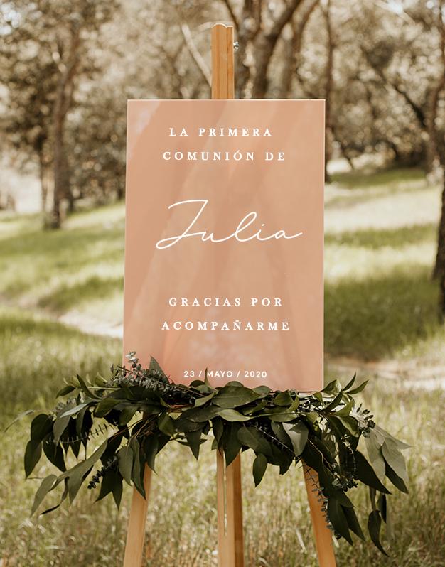 Elegante cartel rectangular para primera comunión personalizado con nombres agradecimiento y fecha. Sorprende a los invitados en un día tan especial.