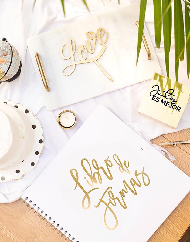 Personaliza tu boda al detalle con este Pack regalo decoración de bodapodrás tener tres detalles indispensables para tu gran día con diseño súper elegante.