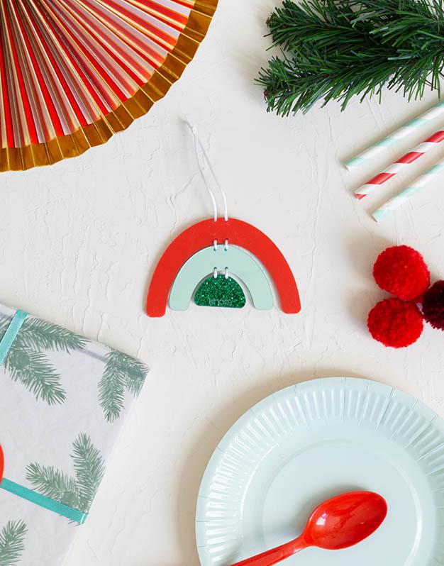 Arcoíris Adorno Navidad Scottish personalízalo con el nombredecora tu árbol de navidad con este original navikntos. ¡Descubre más modelos!
