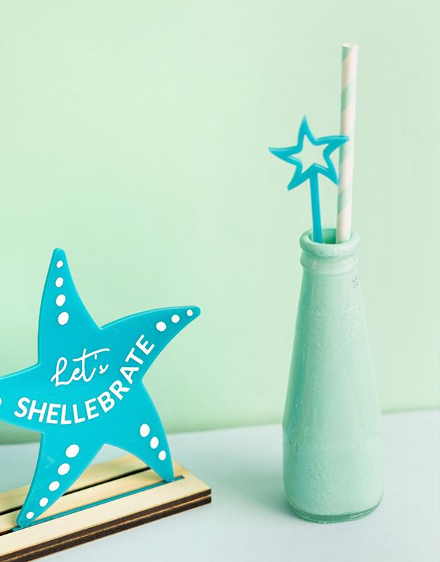 Set 5 agitadores estrella de mar para personalizar tus fiestas bajo el mar. No te pierdas los detalles para decorar tus celebraciones.