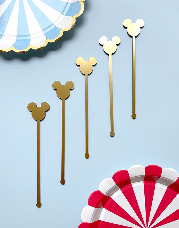 Set 5 Agitadores Ratón M. Mouse para personalizar tus cócteles en las fiestas. No te pierdas los detalles originales para regalar que tenemos aquí.